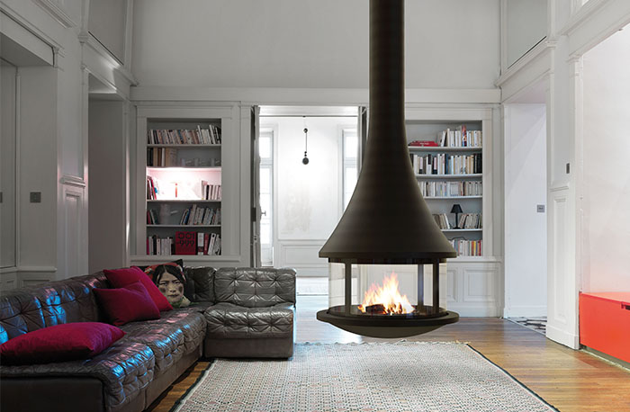 Bordelet Zelia 908 suspended fireplace