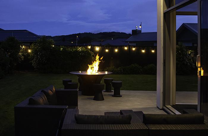 Escea EP1350 Outdoor Wood Fire Table