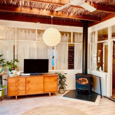 Seguin Aurore Black wood heater